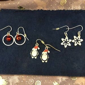 Jewelry - Lot of 3 Christmas earrings! 🐧❄️